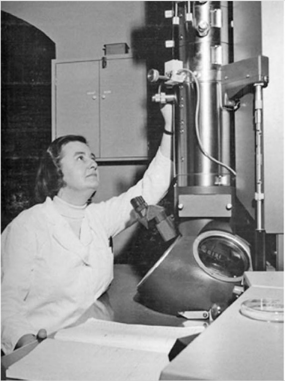 Photograph of June Almeida in the 1960s using a Philips electron EM300 microscope