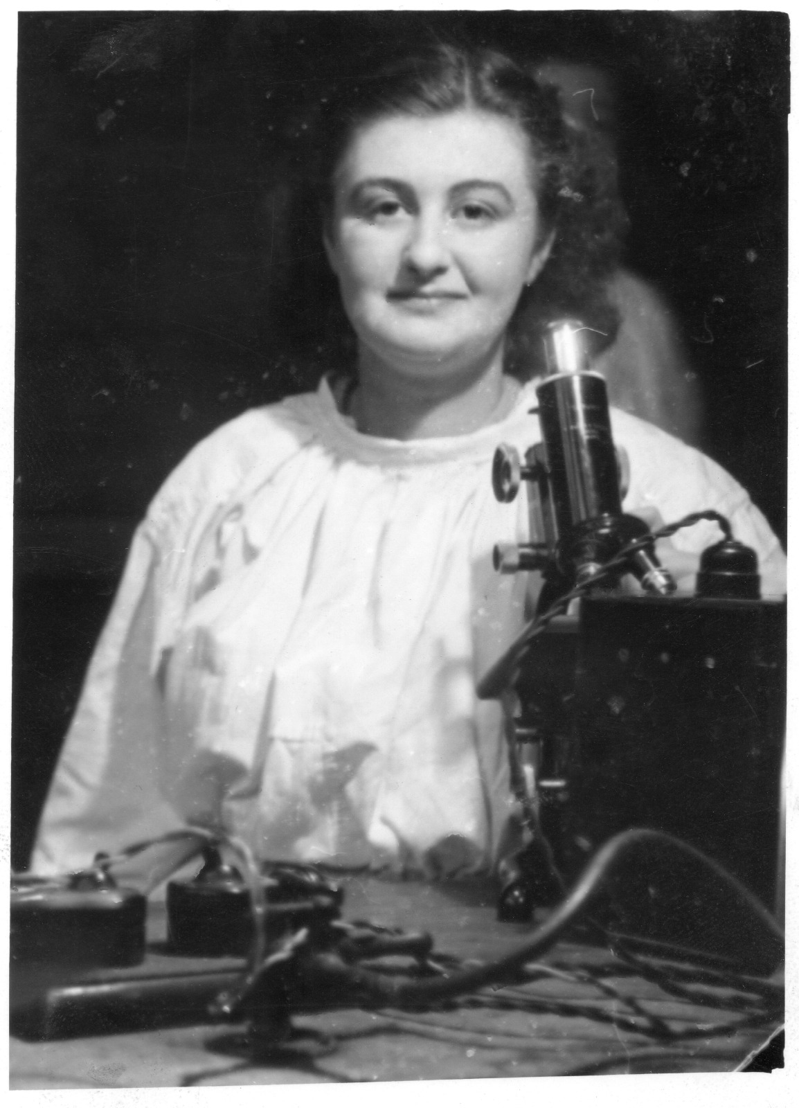 Photograph taken of June Hart around 1950 in the histopathology laboratory at Glasgow Royal Infirmary